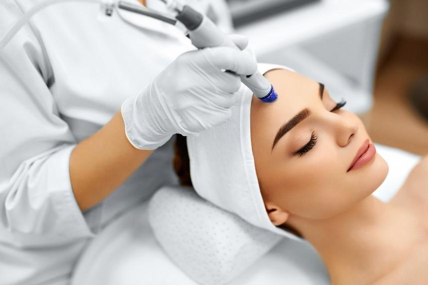 肌度:美容院小气泡护理后如何升单,这一招绝杀